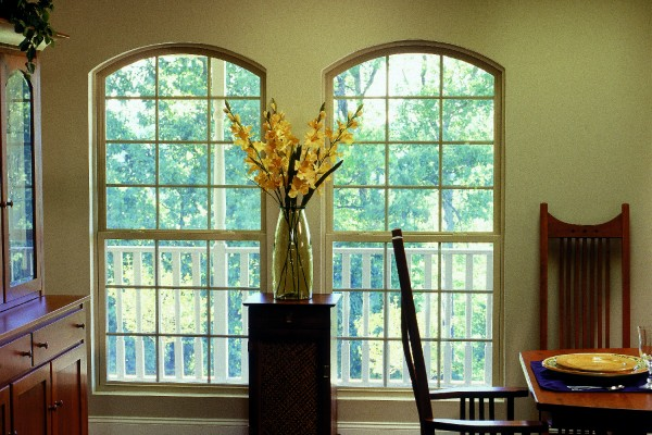Simonton SingleHung Windows in Kitchen