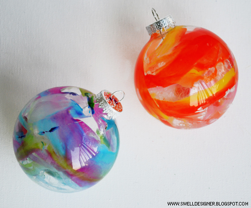 Do it yourself christmas ornaments melted crayon ornaments do it yourself christmas solutioingenieria Gallery