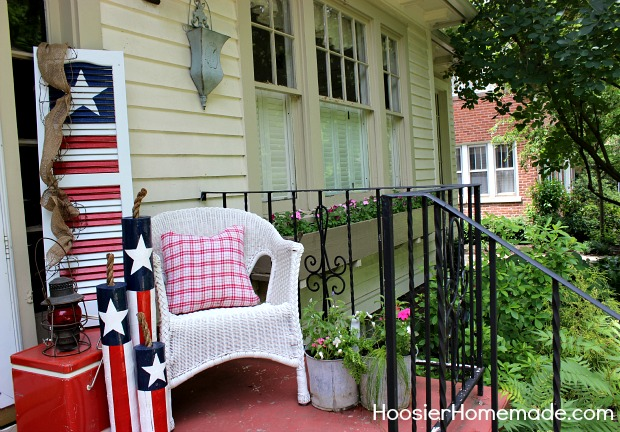 Front porch fourth of July decorations