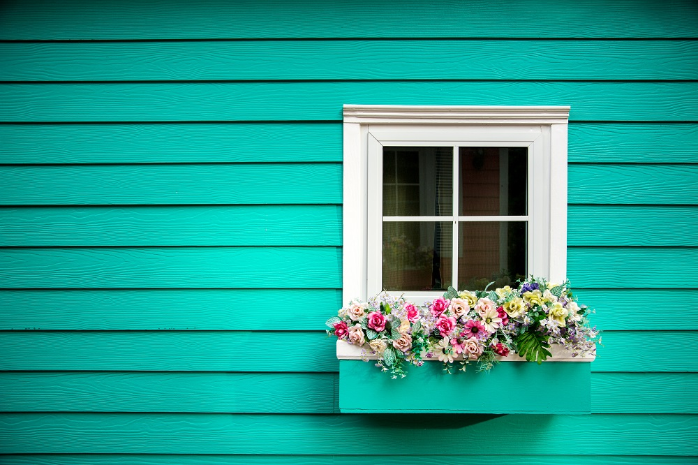 What Kind Of Window Box Should I Add To My House