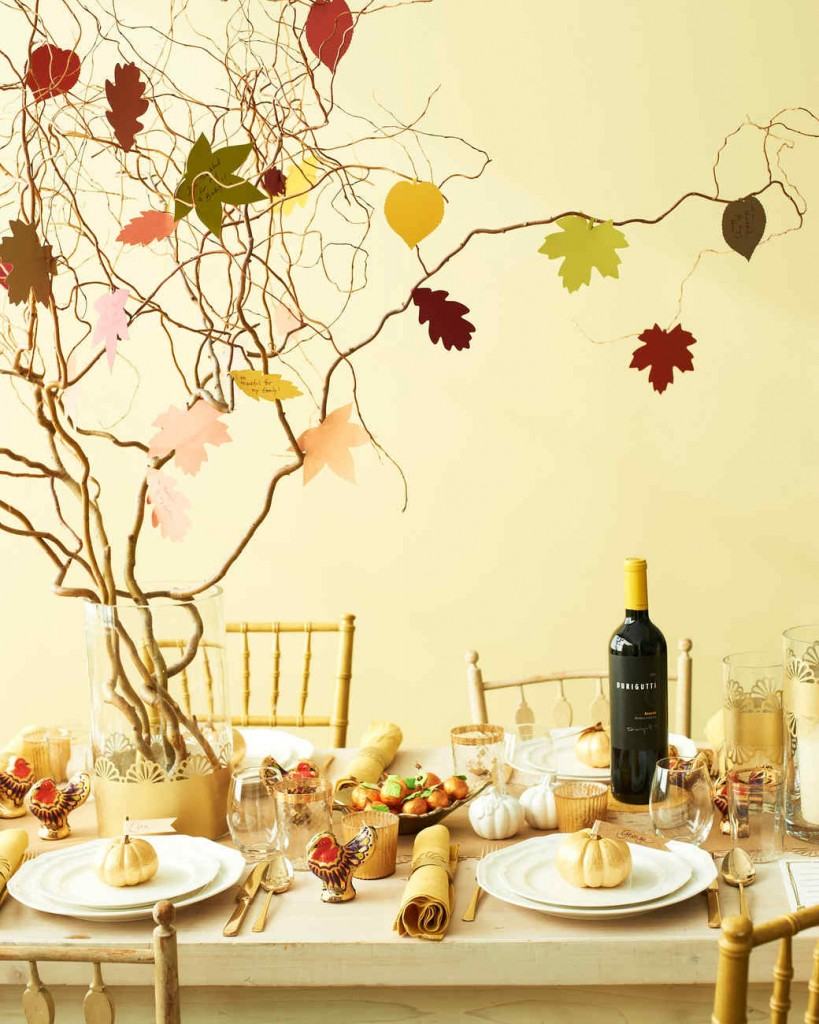 Make a thankful tree that all of your guests can add to. Find more DIY Thanksgiving decoration ideas here.