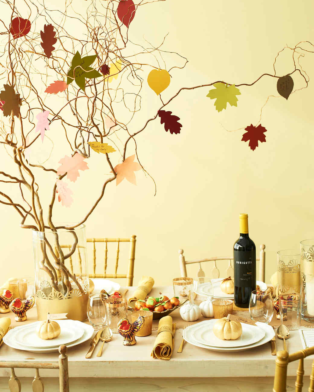 Thanksgiving Decor Ideas: 11 Easy-to-Make Thanksgiving Decorations For Your Home