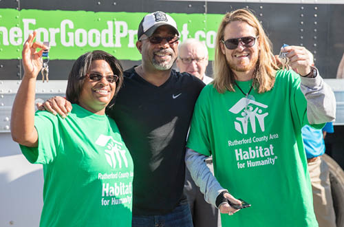 Darius Rucker partners with Ply Gem as Home for Good project ambassador. Learn more here.