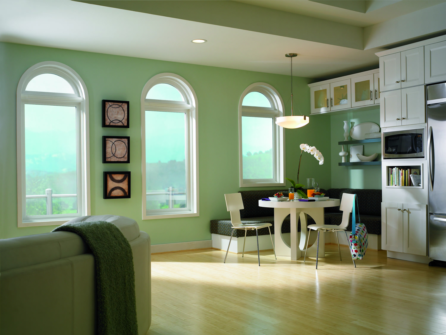 Accent With Picture Windows Simonton